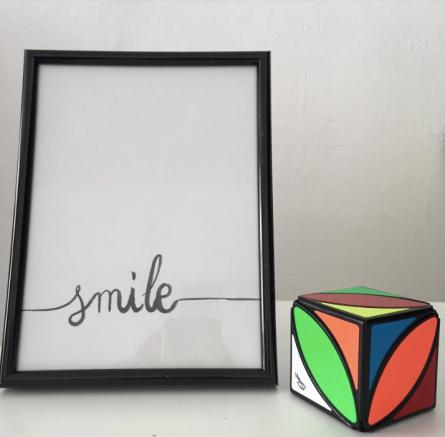 Smile, imagina, crea, lògica, esforç, curiositat, superació...